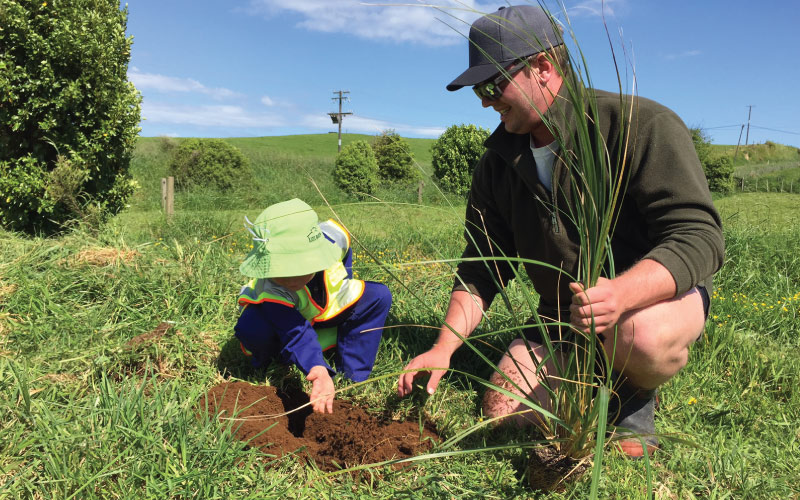 Preschoolers pitch in for planting project